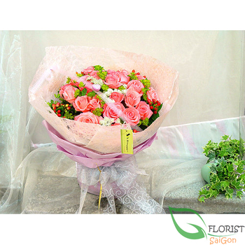 Pink roses for love flowers in Saigon