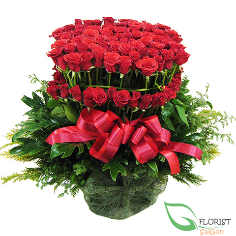 Basket of 99 roses