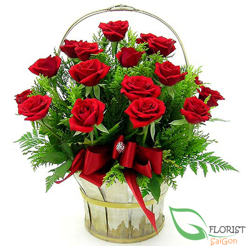 Beautiful red rose basket