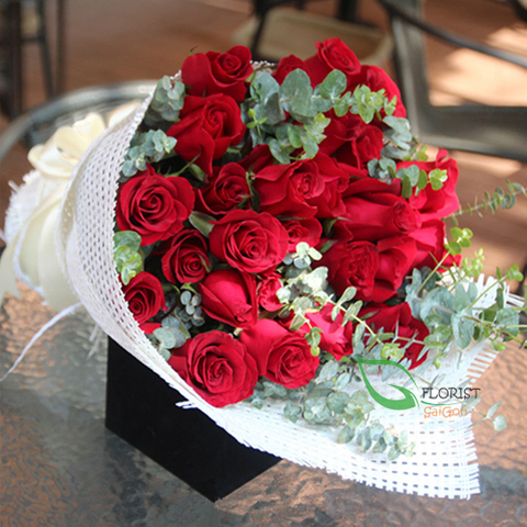 Bouquet of red roses Valentine