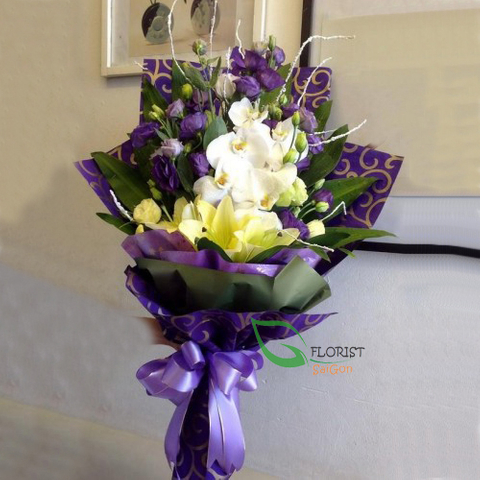 Buying orchid bouquet in Saigon flower online