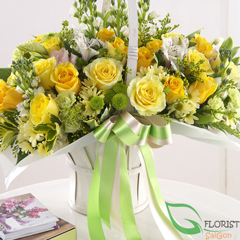 Yellow roses delivery same day Saigon free shipping