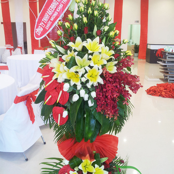Send opening congratulations flowers with florist Saigon
