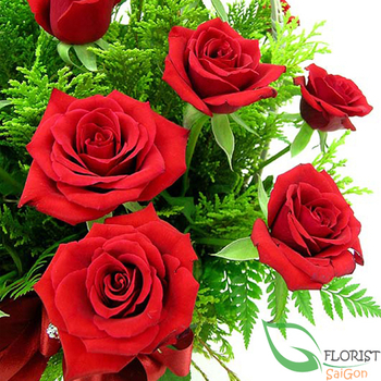 Birthday flowers with red rose
