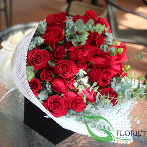 Birthday flowers free delivery in Saigon