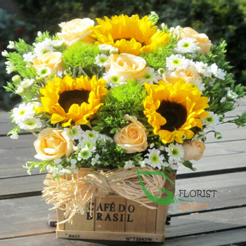 Send birthday flowers basket to Hochiminh