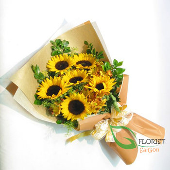 Sunflower birthday bouquet for someone in Saigon