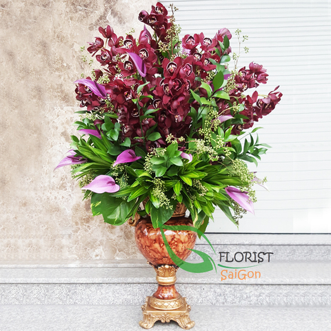 Premium flower arrangement in vase