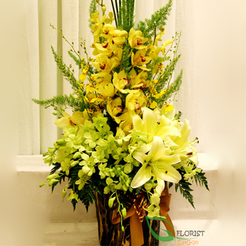 Vip flowers free delivery in Saigon