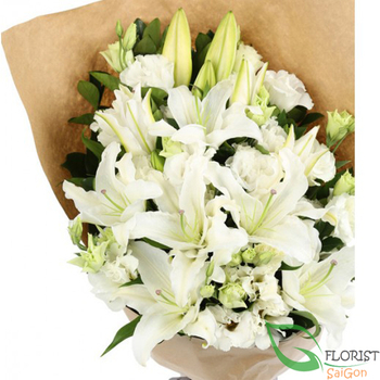 Bouquet of white lilies and white lisianthus online