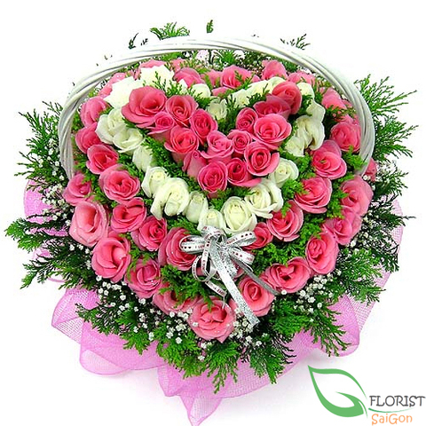 Heart flowers from beautiful roses