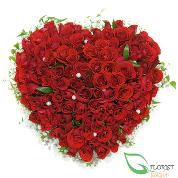 99 red roses heart shape arrangement
