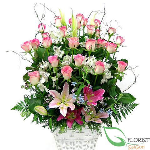 Beautiful pink flower arrangement