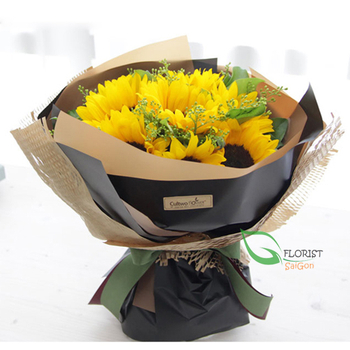 Sunflowers bouquet for her on Valentine's day