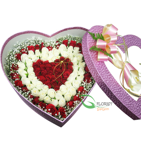 Heart shaped roses box