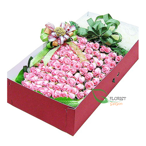 Box of 100 pink roses