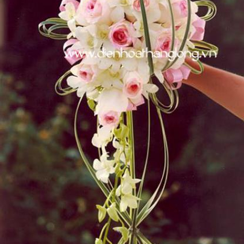 WEDDING BOUQUETS ORCHIDS AND ROSES PINK