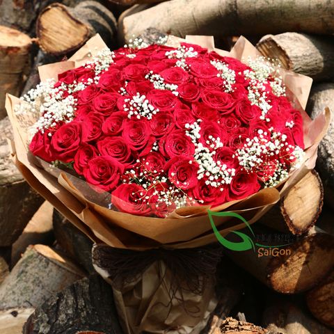 99 red roses with baby breath