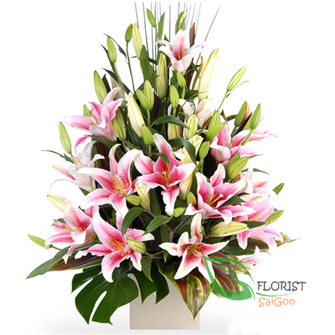 Pink lily flower arrangement