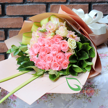 Congratulations for birthday with flowers