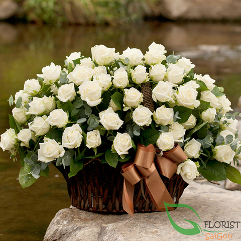 White roses basket in Saigon