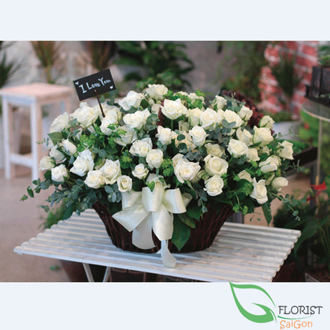 99 white roses delivery in Saigon