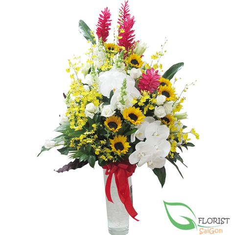 District 1 Saigon flowers free delivery