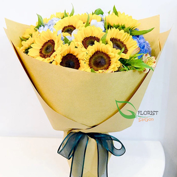 Sunflower birthday bouquet in Saigon