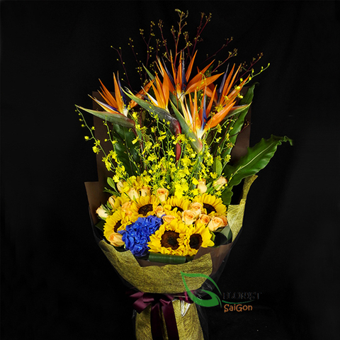 Flowers bouquet for birthday Mom