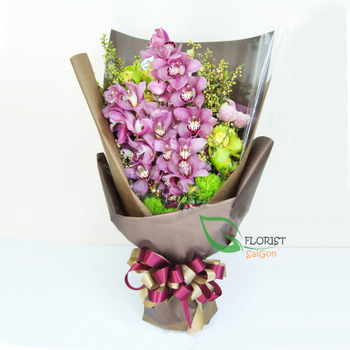 Pink orchid flower bouquet delivery in District 4