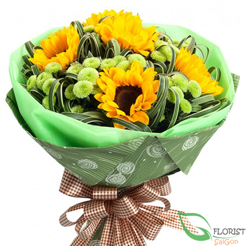 Bouquet of sunflowers and calimero