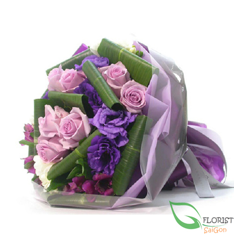 Purple flowers bouquet