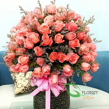 Big Flowers Basket For Happy Birthday