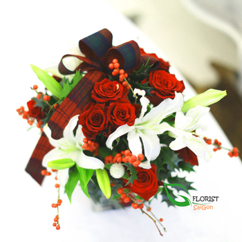 Saigon Christmas flowers gifts order now