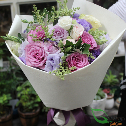 Birthday flower bouquet at Florist Saigon