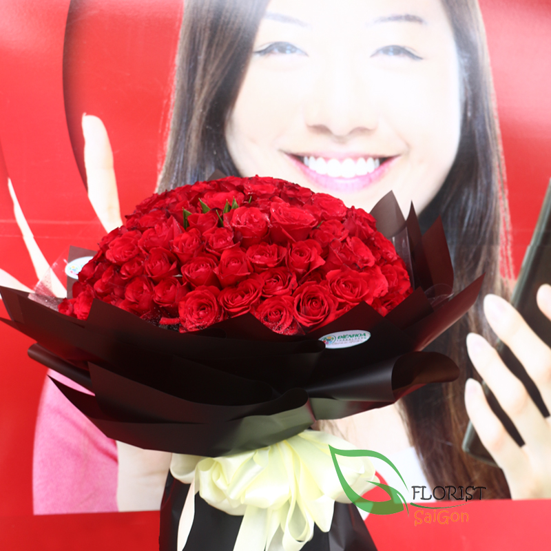 Free delivery 99 red roses bouquet