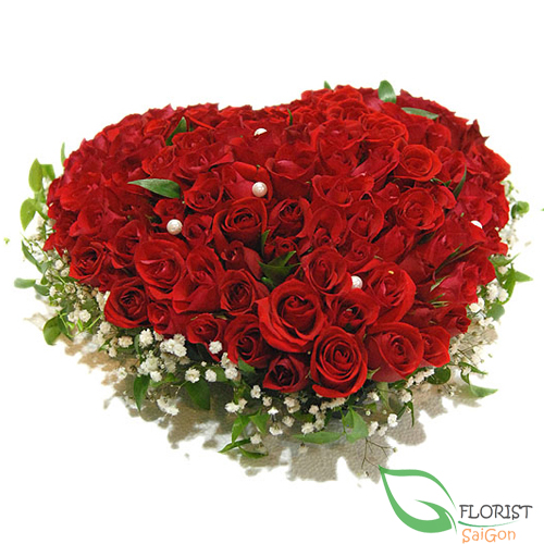 G+0  0  0 99 red roses heart shape arrangement free delivery