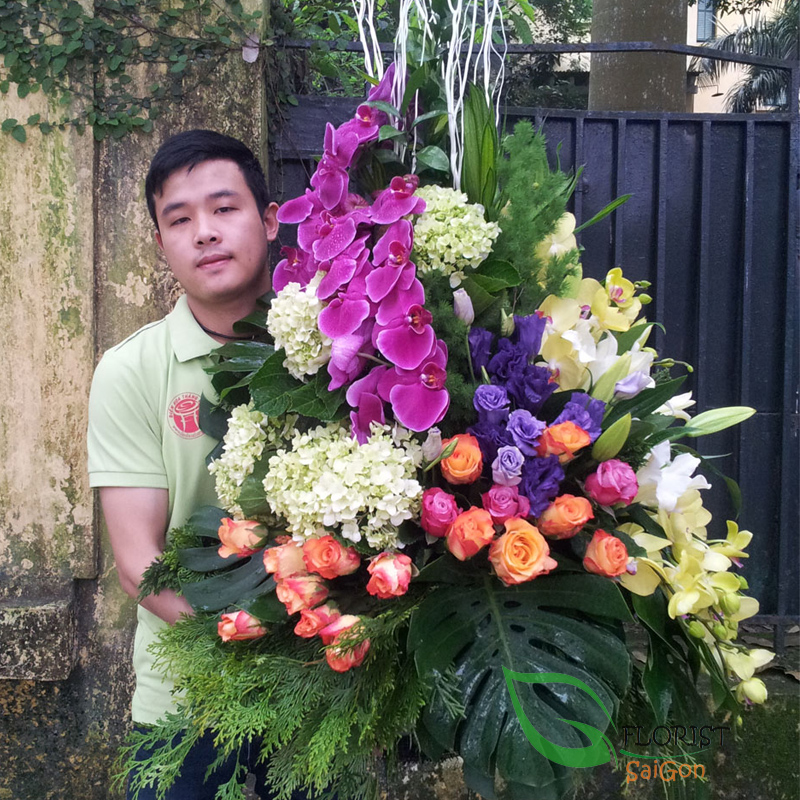 Flowers delivery free shipping District 10 HCM city florist
