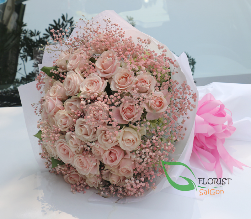 Love flowers with pink roses in Saigon free delivery