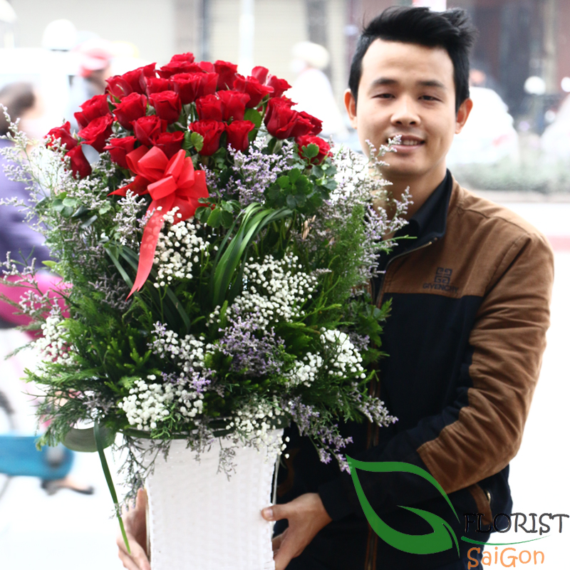 Saigon basket flowers delivered