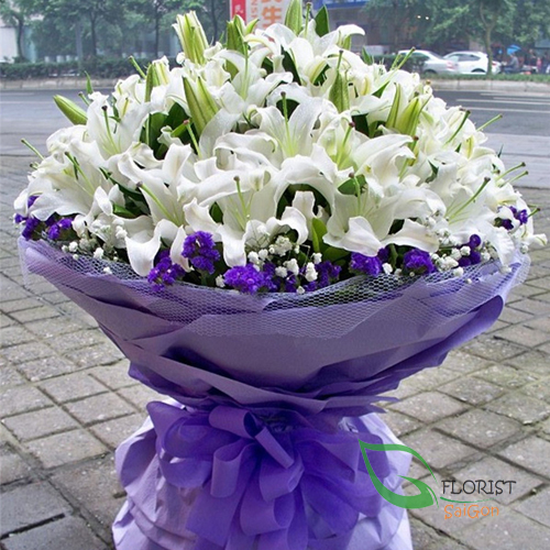 Saigon vip white lily flowers